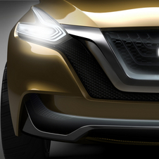 The V shaped grill trim leads directly to the headlights
