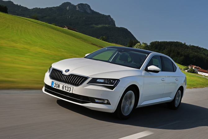 Skoda Superb 1.6 TDI Active GreenLine