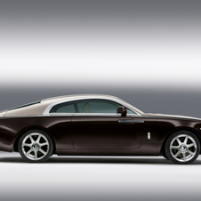 In profile, the Wraith shows a sweeping fastback design