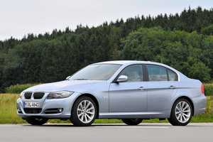 BMW 330i Edition Exclusive xDrive Automatic