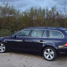 BMW 523i Touring Automatic