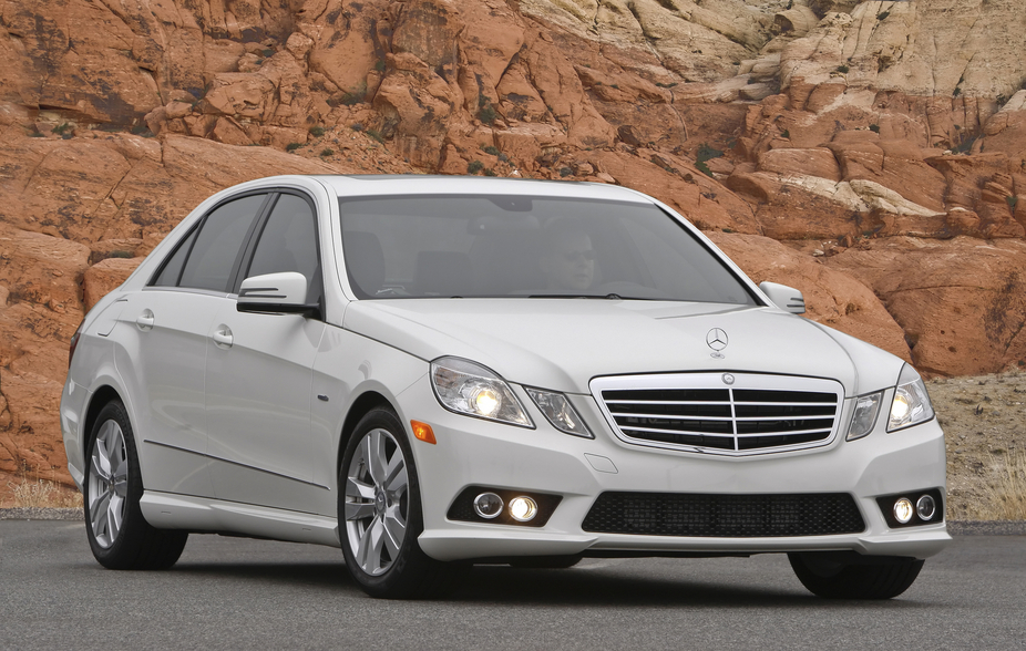 Mercedes-Benz E-Class E350 BlueTEC Sedan (USA)