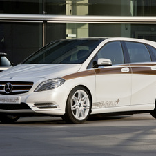 B-Class E-CELL Plus Shows Mercedes' Range-Extended Electric Future