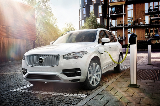 Over the past three years, Volvo spent € 8.34 billion developing the new XC90 model