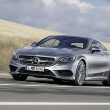 The new S-Class Coupé is the first mass-produced vehicle equipped with an advanced tilt system