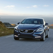 Volvo V40 D2 Summum Geartronic