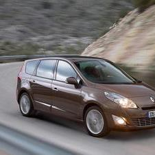 Renault Grand Scénic III 1.9 dCi 130cv FAP Luxe