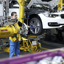 BMW Updates Factory to Build New 3-series