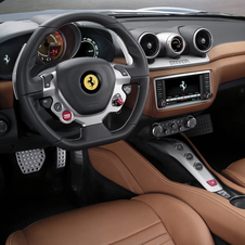The interior also suffered some reviews based on the most recent models in Ferrari's range