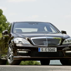 Mercedes-Benz S 63 AMG LWB w/ Performance Package
