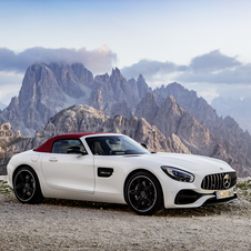 The GT Roadster has a 476hp and 630Nm of torque while the GT C Roadster has 557hp and 680Nm