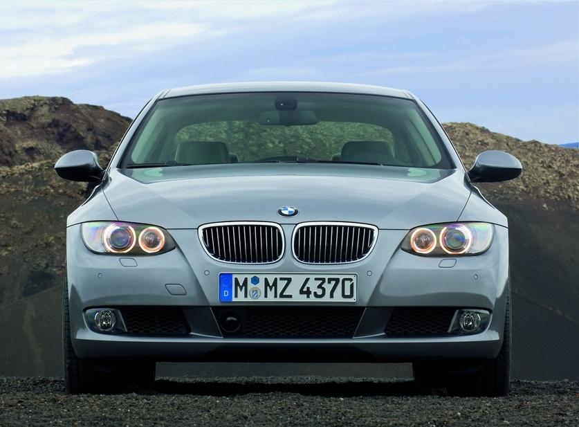 Bmw 325i Xdrive Coupe 1 Foto Und 55 Technische Daten De