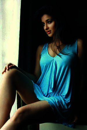 Escort Service In Mumbai Call Ritu Sharma +91 9OO4OO9481