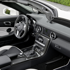 New SLK 55 AMG Hopes to Blend High Power and High Efficiency