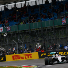 Lewis Hamilton comfortably led the race from start to finish