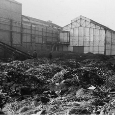 Bombed Quai de Javel factory in 1943