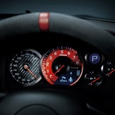 The instrument panel gets a redesign for the Nismo