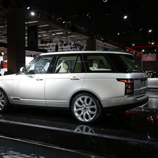Land Rover reveals new Range Rover