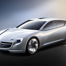 The concept has a much more dynamic styling than the current Insignia.