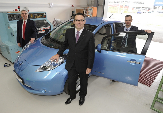 Nissan Creates Business Incubator in UK for Electric Vehicle Industry