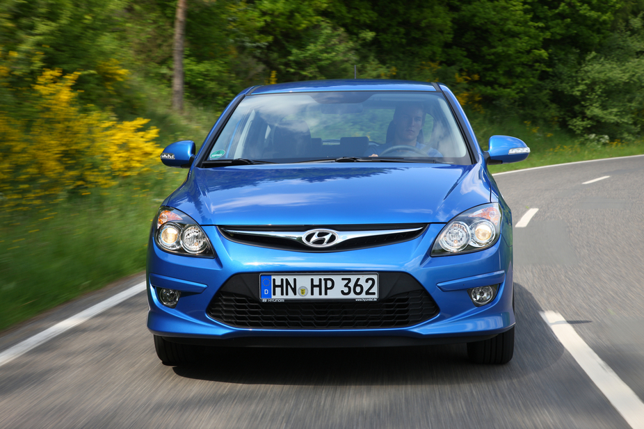 hyundai i30 1.4 blue comfort :: 3 fotos und 55 technische daten
