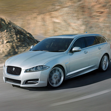 The jobs will be added to Jaguar's factory in Castle Bromwich