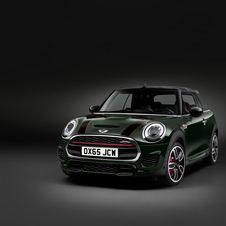 The 2.0-liter turbo engine that equips the new John Cooper Works Convertible is 20hp more powerful with a total of 231hp