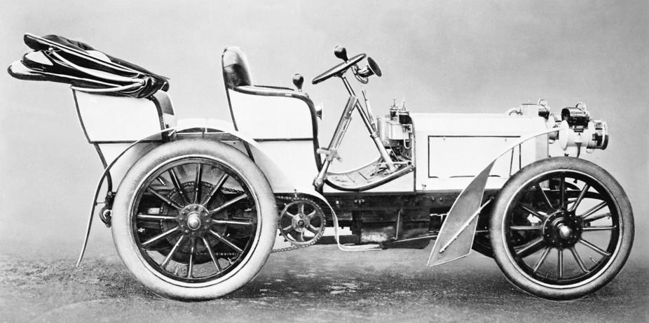 The first Mercedes, 1900