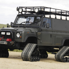 Land Rover Defender 110 Matt Track