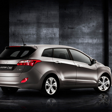 The design for the second gen i30 is a major upgrade over the previous version