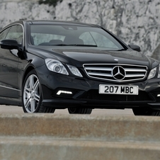 Mercedes-Benz E350 Coupe CGI BlueEFF. Sport