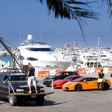 The cars preparing to film Desert Nemesis with the Juke-R and Ferrari 458