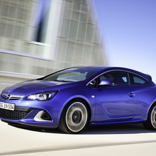 Opel Astra OPC Offers 280hp, 400Nm and Adjustable Suspension