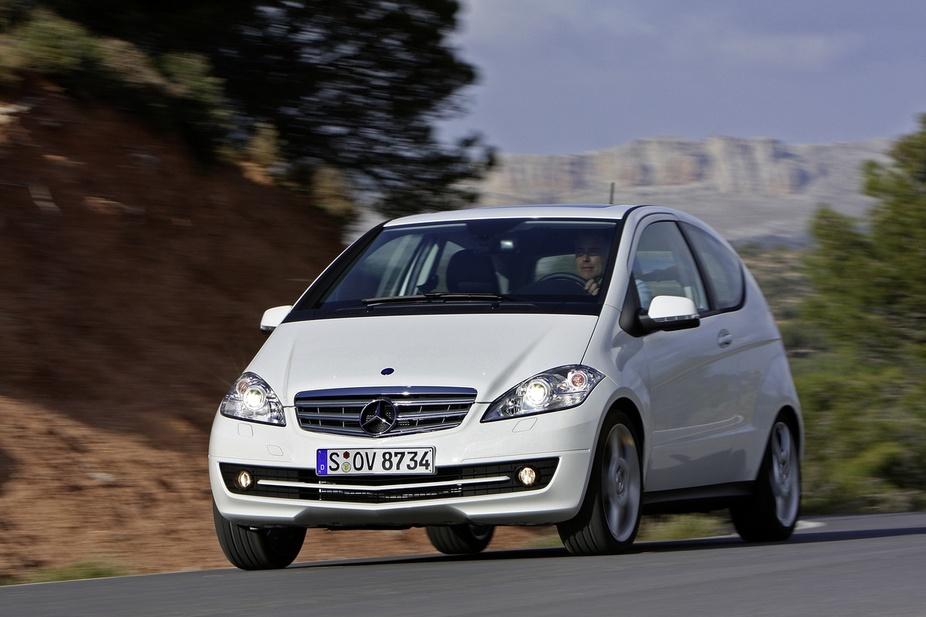 mercedes-benz a 180 cdi coupe :: 1 foto und 46 technische daten