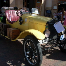 1918 Ford Model T Runabout