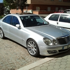 Mercedes-Benz E 220 CDI Automatic