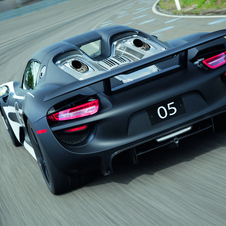 The top-exiting exhausts are the 918's coolest feature