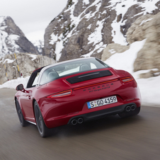The Targa 4 GTS can reach a top speed above 300km/h with the PDK transmission and accelerates from zero to 100km/h in 4.3 seconds