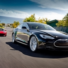Tesla Model S Open for Orders and Customization