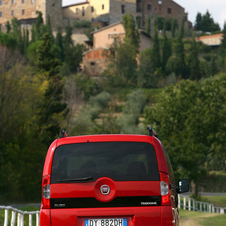Fiat unveils top of the range Qubo Trekking