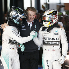 The two Mercedes drivers shaking hands at the end of the race
