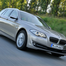 BMW 535d Touring xDrive AT
