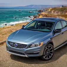 Volvo S60 Cross Country D4