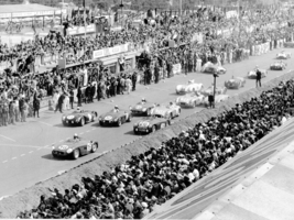 Start of the historic 1955 Le Mans race
