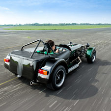 The special edition limited to 10 units, which will be sold exclusively in Japan, is based on the 125hp Caterham Seven 250 R