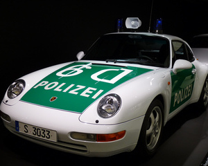 911 Carrera Coupe Police Car