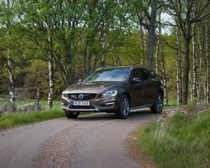 V60 Cross Country D4 AWD Kinetic Geartronic