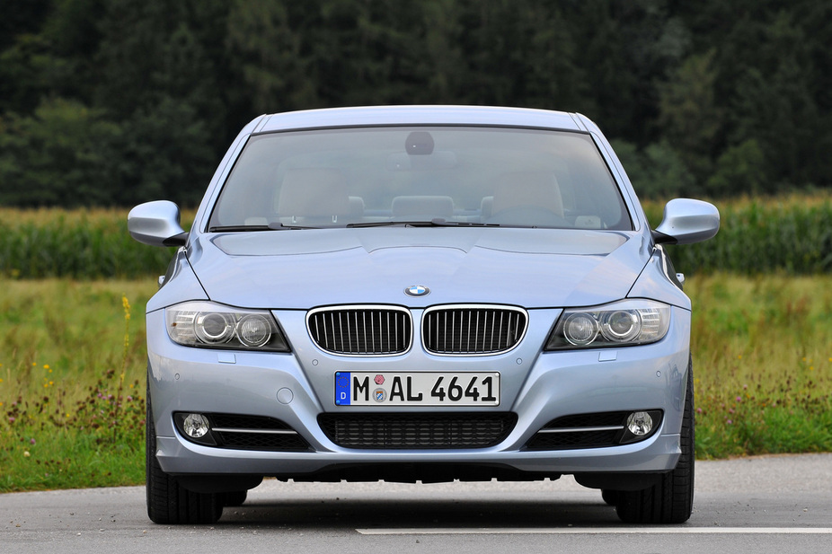 BMW 325i Edition Exclusive xDrive